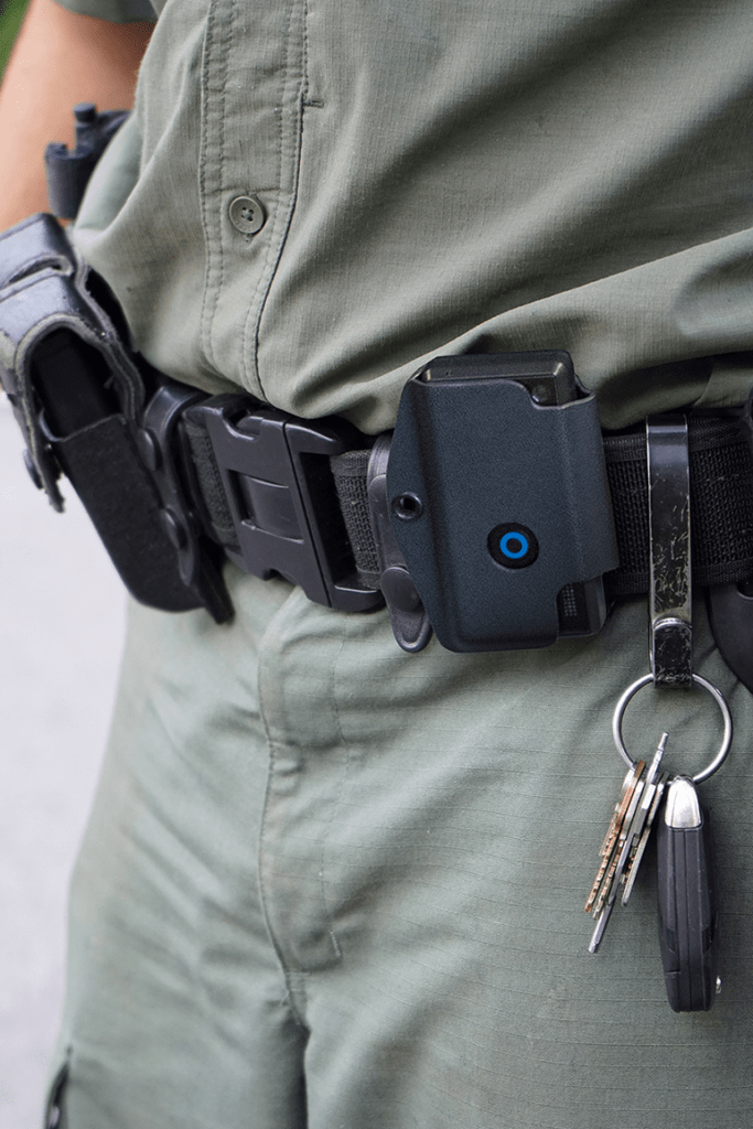 Uniformed personel with Kydex case